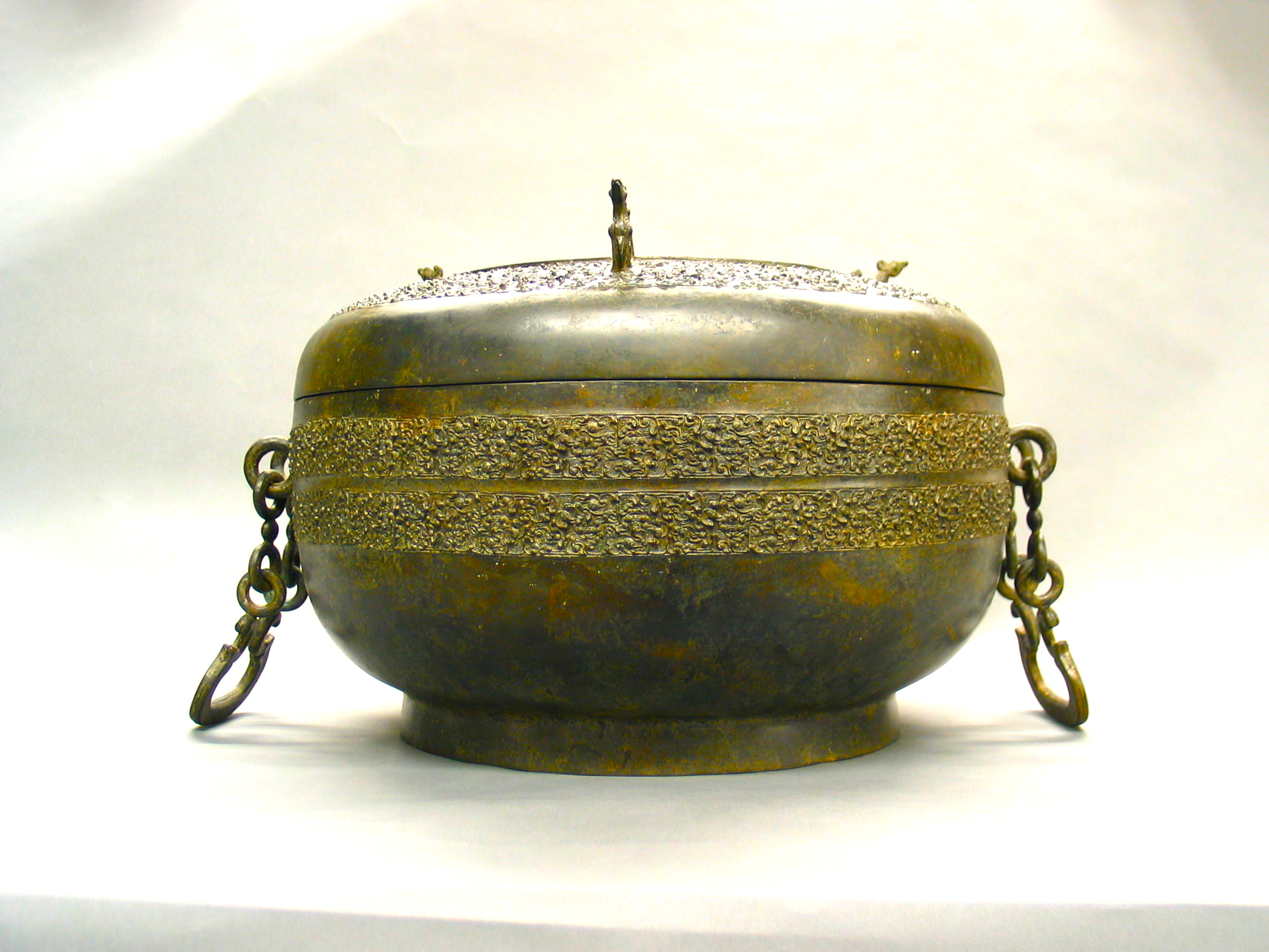 Ancient Chinese Bronze Vessel_4