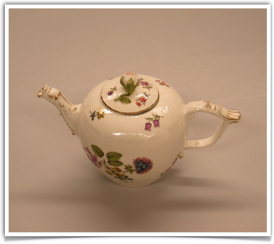 Messen Factory Tea Pot