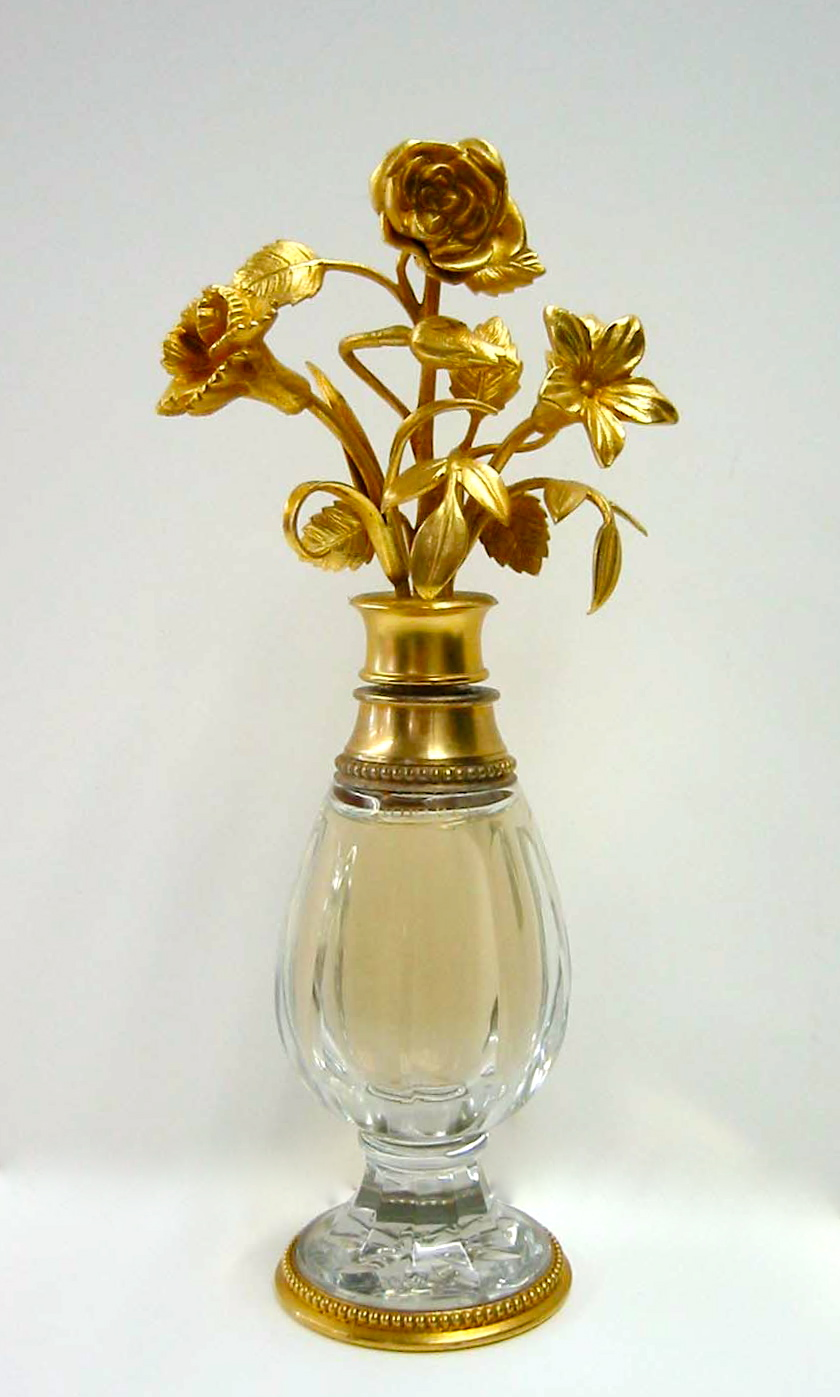 Parfume Bottle. Glass Restoration and Conservation
